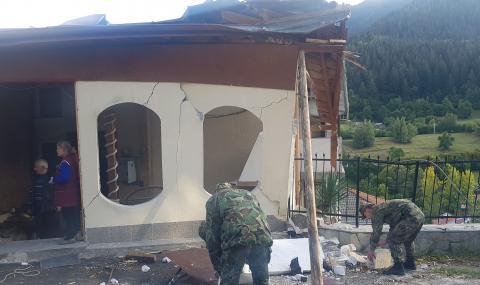 Сухопътни войски оказват помощ на населението в Смолян