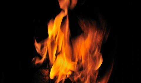 Жена изгоря жива в дома си във Враца