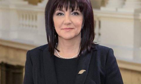 Караянчева: Ние внесохме мажоритарния вот и българският народ трябва да знае кой бяга от отговорност