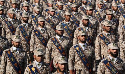 Иран представи нова балистична ракета