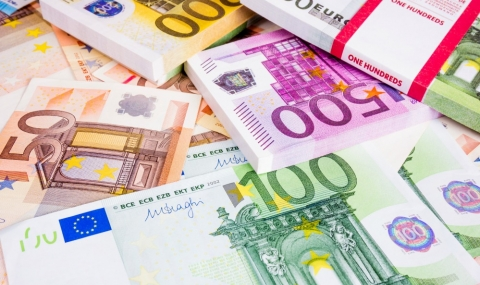 Австриец откри 270 000 евро, върна ги на полицията - 1