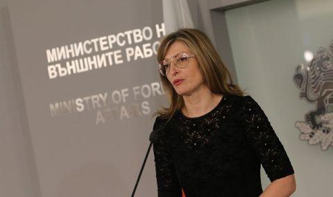Захариева: За изборите са взети всички рискове, свързани с пандемията