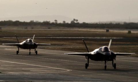 Полша договаря 32 самолета F-35