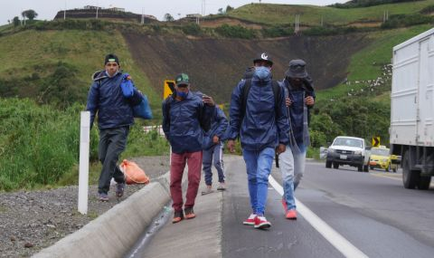 Колумбия ще даде временен статут на един милион венецуелци