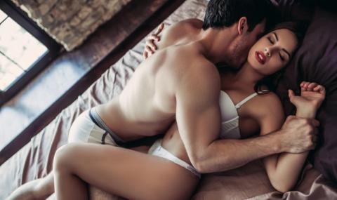 Тази секс поза ви гарантира оргазъм