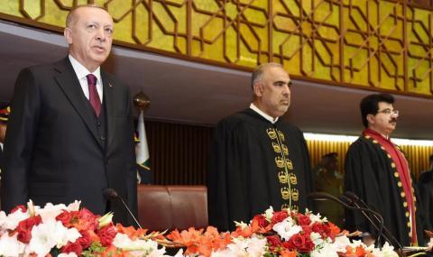 Индия: Турция да не ни се меси