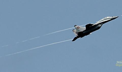 Български МиГ-29 и американски F-16 ще охраняват заедно небето над България