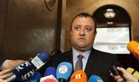 Иван Иванов, БСП: Ако взетите от ББР пари не са обезпечени, значи е откраднат 1 милиард