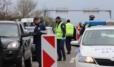 Около 40 000 автомобила са излезли от София вчера