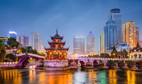 Китай инвестира 9 трилиона долара в чисти енергийни източници