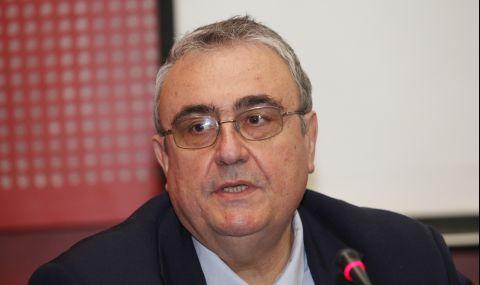 Огнян Минчев: Олигархията зад ДПС сменя Борисов с Радев