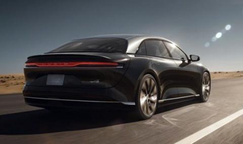 Tesla Model S отстъпи в надпреварата за автономен пробег (ВИДЕО)