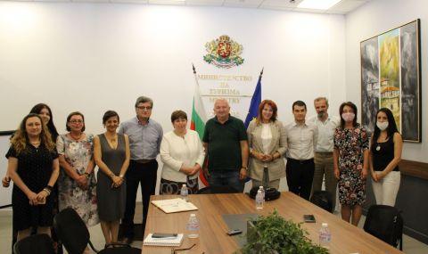 Министърът на туризма предприе действия за регламентиране на статута на хижите в България