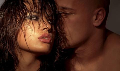 9 секс лъжи, които изричат мъжете