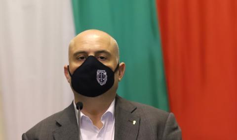 Гешев предлага масовото затваряне на районни прокуратури
