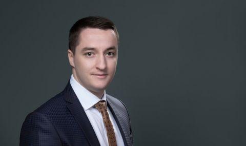 Божанков: Слави Трифонов е машина на времето