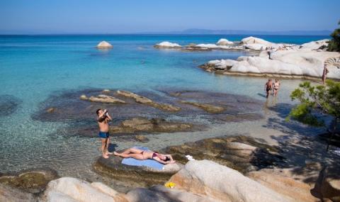 Гърция чака туристи с ниски цени