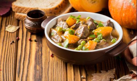 Рецепта за вечеря: Яхния с тиква и месо
