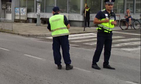 Протестиращи блокираха за кратко изходите на Пазарджик