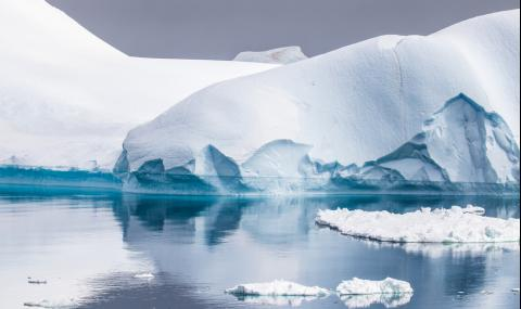 Откриха необичайно горещо място в Антарктида