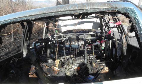 Водач катастрофира и загина, подпалвайки се в автомобила си