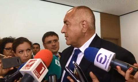 Премиерът: Бисер Петков остава, за да ми се махнат от главата