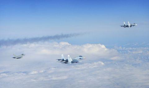 Тревога в небето! Сили на НАТО са били вдигнати 10 пъти за прехващане на руски самолети