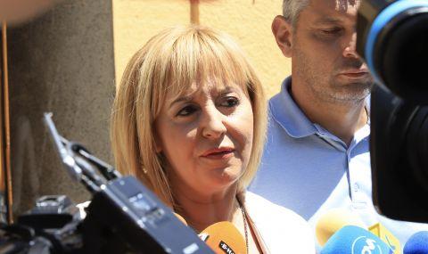 Мая Манолова: Нека служебното правителство да стане редовен кабинет
