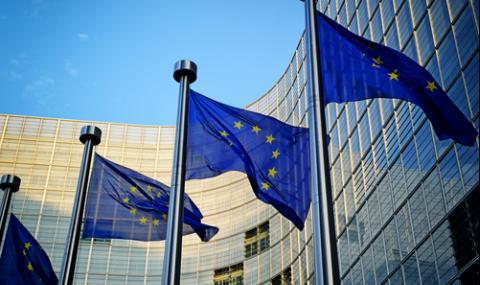 ЕС ще отговори като един на САЩ