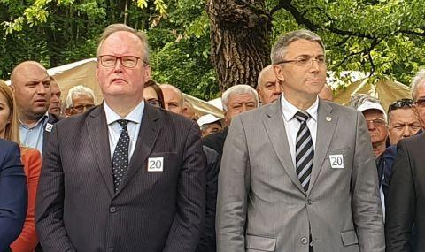 Карадайъ изказа съболезнования по повод смъртта на председателя на АЛДЕ