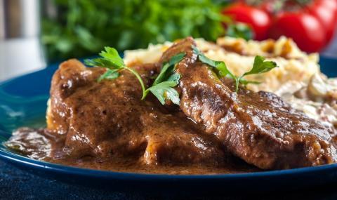 Рецепта за вечеря: Свински врат по бохемски