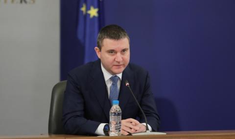 Горанов: Впрягаме 4,5 млрд. лева ресурс за бизнес и самонаети