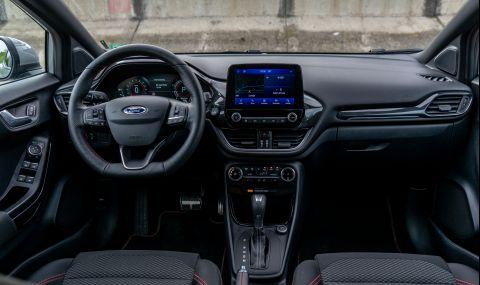 Тествахме Ford Puma. Повдигната Fiesta или нещо повече? - 17