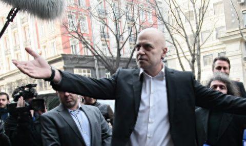 Слави Трифонов: Днес върнахме мандата, а ГЕРБ, БСП и ДПС показаха защо така трябваше