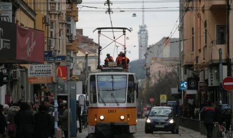 Трамвай блъсна дете в центъра на София
