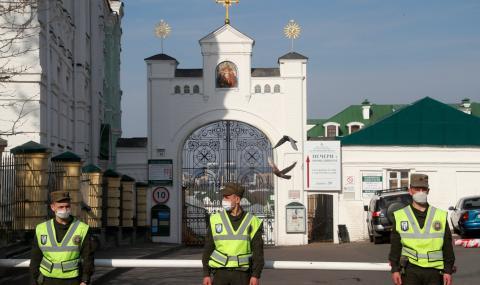 Манастир в Украйна стана огнище на коронавирус