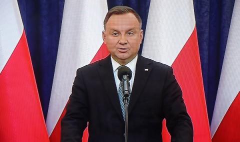 Полша намери решение: Избори по пощата