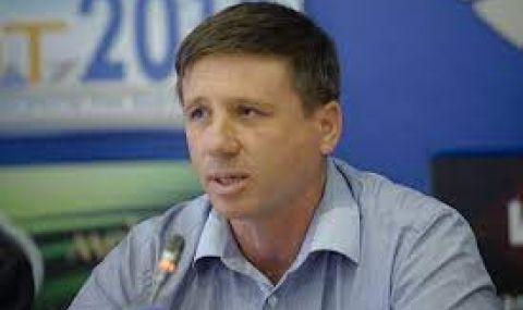Николай Дренчев: Продължава търговията на гласове с кебапчета