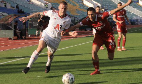 ЦСКА прави всичко възможно, за да вдигне контузените си защитници за мача с Лудогорец