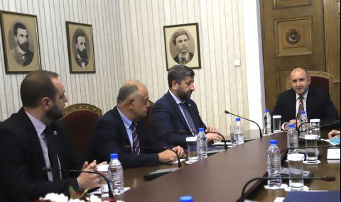 """Президентът пред """"Демократична България"""": Не искам кабинет на всяка цена - 1"""
