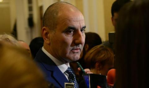 Димитър Ганев: Сърдитите местни елити ще гласуват за Цветанов