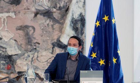 """Скандал в Мадрид! Лидерът на """"Подемос"""" напусна правителството"""