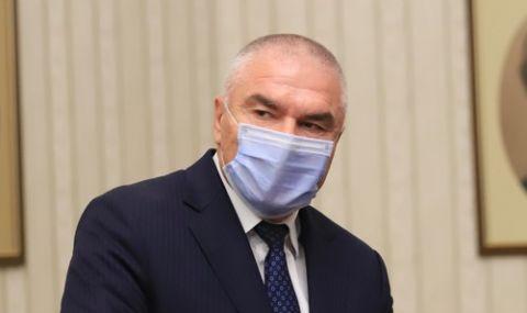 Марешки: Борисов да отстрани Каракачанов до изборите