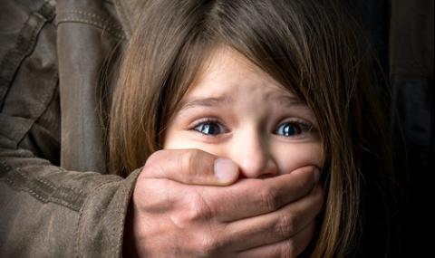 Осмокласник се нахвърли на 7-годишна, опита да я изнасили