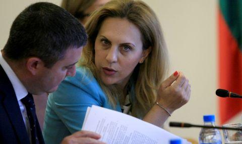 Марияна Николова призова работещите в туристическия сектор да се ваксинират