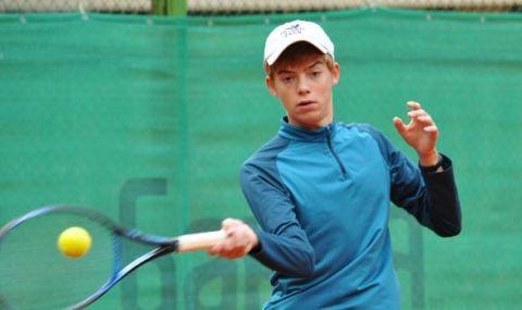 Варненски тенисист в основната схема на Ролан Гарос