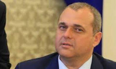 Искрен Веселинов: Не сме се състезавали за сърцето на ГЕРБ
