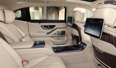 Mercedes се върна към V12 и представи Maybach S680 - 6