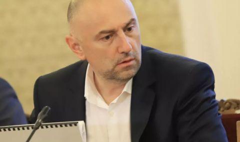 Шефът на бюджетна комисия разкри той ли е човекът, на когото Дончева е предлагала пари - 1