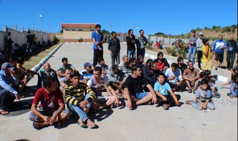 Бежанските центрове у нас са препълнени - 1